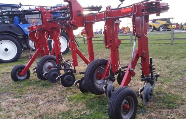 Fertilizer Applicators